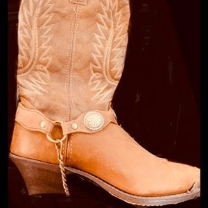 Wome's cowboy boots